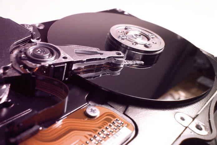 Który dysk wybrać – SCSI czy SAS?