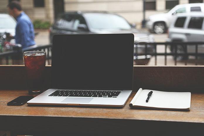 Kto powinien wybierać laptopy używane?